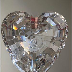 Swarovski Crystal Society 2007 Event Piece Signed